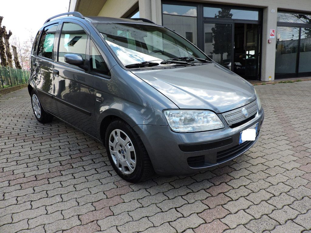 FIAT Idea 1.2 16V BlackLabel